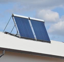 4.2.2.2 Pientalojen aurinkolämpöjärjestelmät